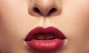 红红嘴唇人物局部特写摄影高清图片