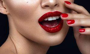 张着嘴的浓妆美女人物摄影高清图片