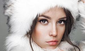 冬日温暖装扮美女写真摄影高清图片