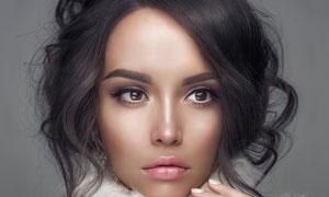 卷发造型冬装美女写真摄影高清图片