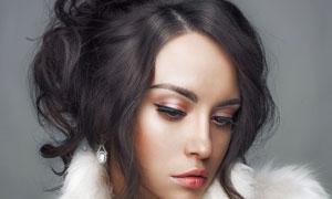 黑发红唇妆容美女写真摄影高清图片