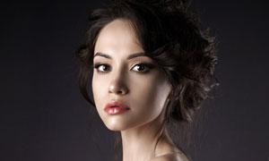 香肩露背装扮美女人物摄影高清图片