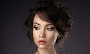 黑色一字露肩装扮美女摄影高清图片