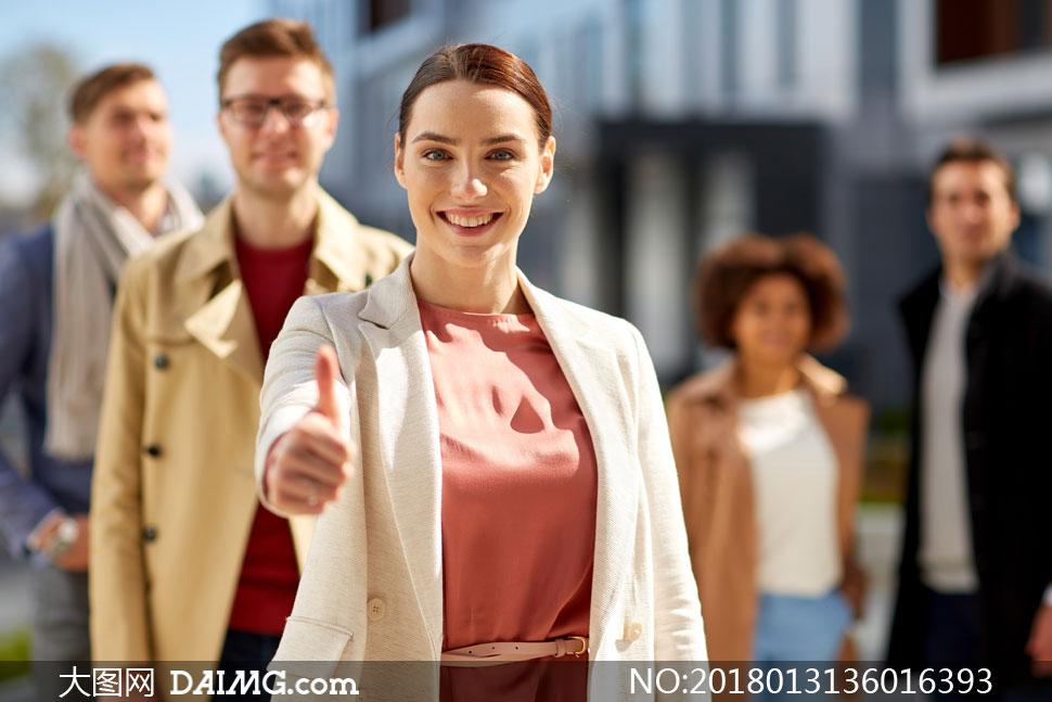 大图首页 高清图片 职场人物 > 素材信息          对合作满意的职场