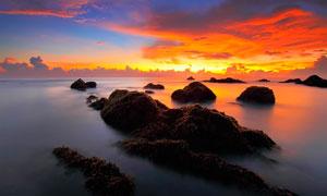 湖中岛屿夕阳美景摄影图片