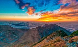 山顶美丽的夕阳景色摄影图片