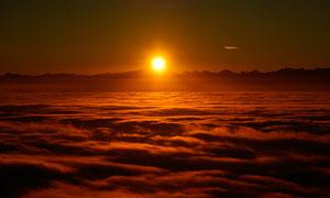 唯美云海日出景观摄影图片
