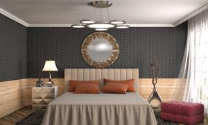 双人床与床头柜台灯等摆设高清图片