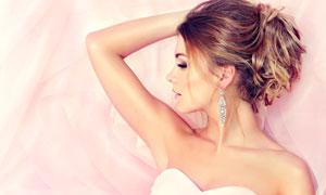 粉红婚纱美女新娘人物摄影高清图片