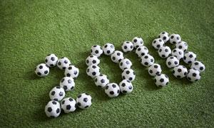 用足球摆出的数字创意摄影高清图片