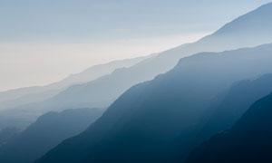 层次分明群山自然风光摄影高清图片