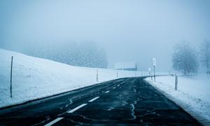 在风雪过后的道路雪景摄影高清图片