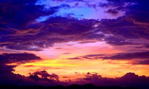 山顶美丽的黄昏美景摄影图片