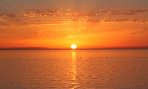 海上美丽的夕阳景色高清摄影图片