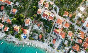 海边小镇风光鸟瞰视角摄影高清图片