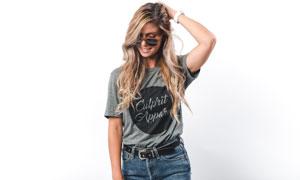 戴墨镜的短袖美女人物摄影高清图片
