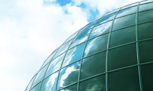 蓝天白云与球面建筑物摄影高清图片