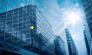 阳光下的城市建筑风光摄影高清图片