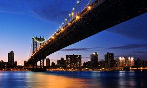 城市华灯初上黄昏风光摄影高清图片