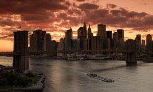 傍晚时分城市景观风光摄影高清图片