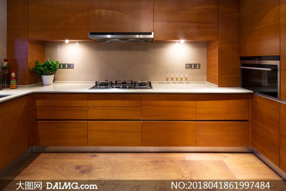 厨房橱柜灯光照明效果摄影高清图片