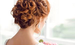 露背婚纱新娘美女人物摄影高清图片