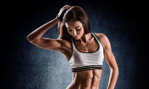 长发肌肉健身运动美女摄影高清图片