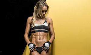 运动打扮健身美女人物摄影高清图片