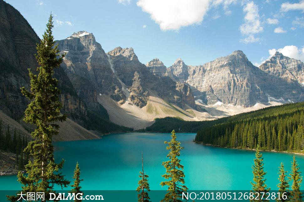 键 词: 高清图片大图素材摄影自然风景风光蓝天天空白云云朵云层大山