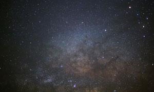 點點繁星浩瀚夜空景觀攝影高清圖片