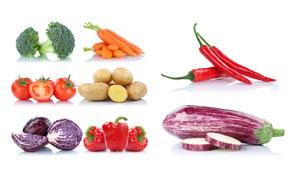 胡萝卜西兰花与西红柿特写高清图片
