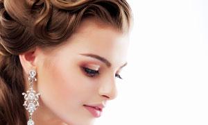 低着头的妆容美女人物摄影高清图片
