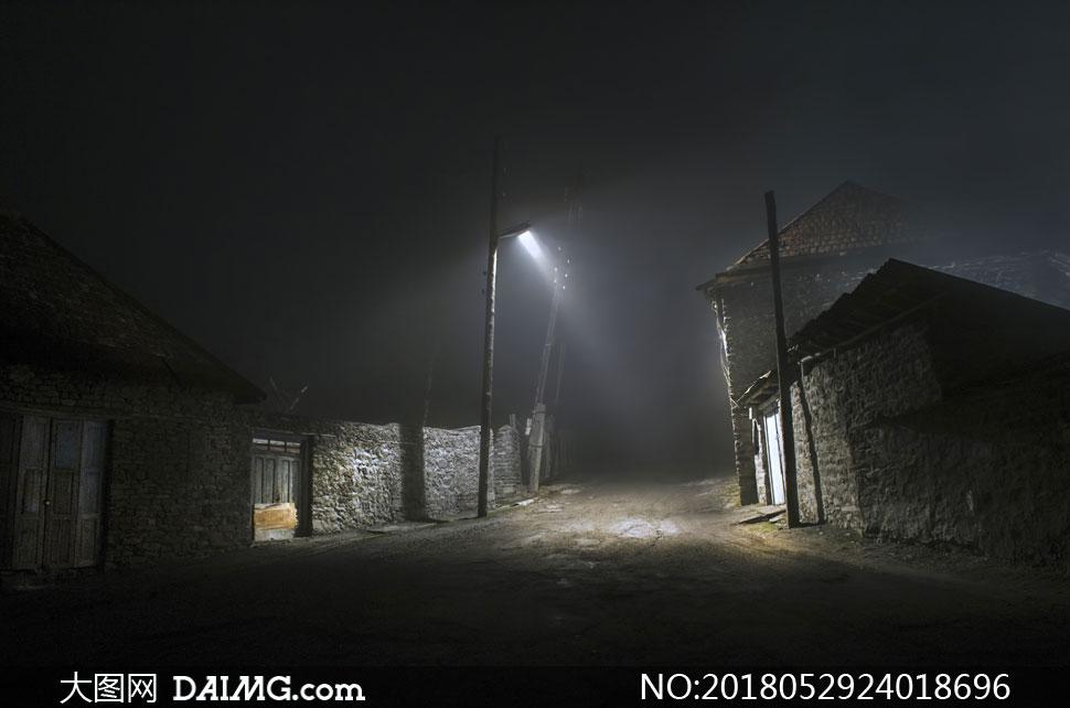 关 键 词: 高清图片大图素材摄影风景风光自然夜晚夜景农村乡村村庄