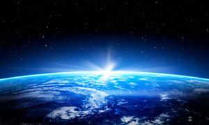 升出地平線的陽光創意攝影高清圖片
