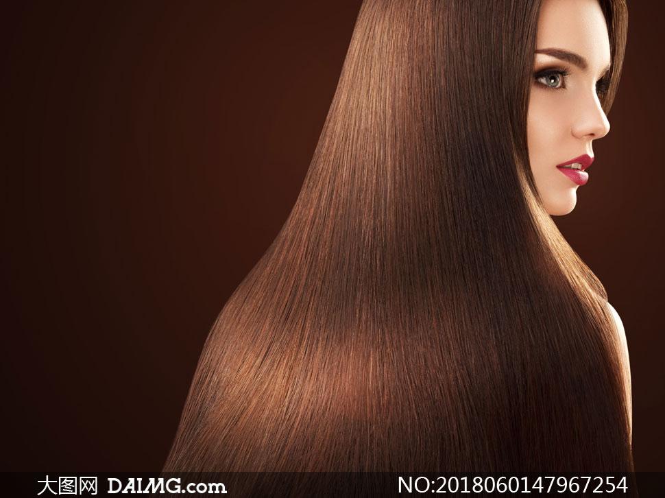 红唇秀发美女模特写真摄影高清图片