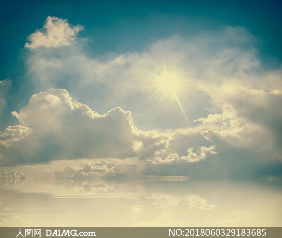 高清图片大图素材摄影风景风光自然天空蓝天云彩云层多云白云阳光逆光