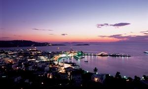 海边希腊美丽夜景摄影图片