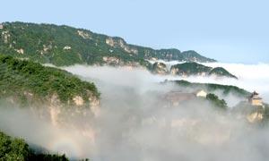 崆峒山云海美丽风景摄影图片