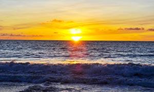 海边的日落美景高清摄影图片