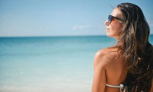 长发造型泳装美女人物摄影高清图片