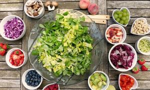 切好的水果蔬菜沙拉食材等高清图片