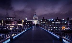 伦敦圣保罗大教堂夜景摄影高清图片