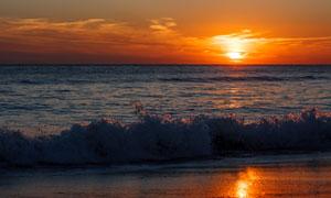 海上美景与天边的云彩摄影高清图片