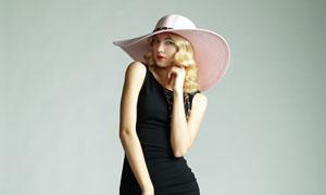 黑色紧身裙装美女模特人物高清图片