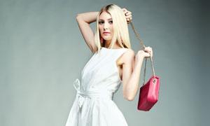 白色无袖裙装金发美女摄影高清图片