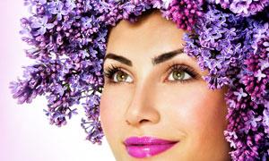 紫丁香装饰的浓妆美女摄影高清图片
