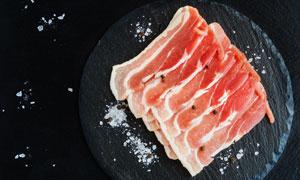 切好的生鲜肉食材特写摄影高清图片