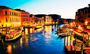 意大利威尼斯水城美丽夜景摄影图片