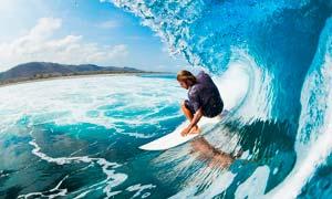 海上冲浪运动场景摄影图片