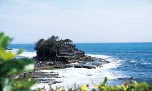 巴厘岛海神庙美景摄影图片